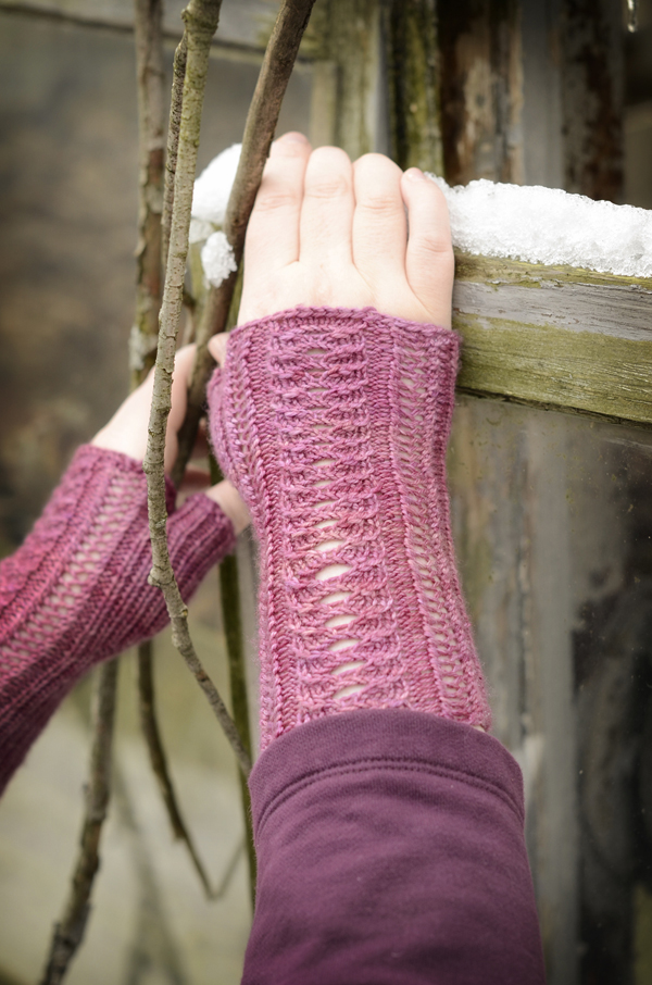 pink knit mitts 2