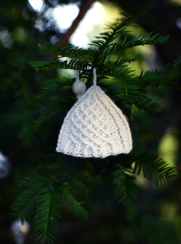 Knitted hat ornament, shuga